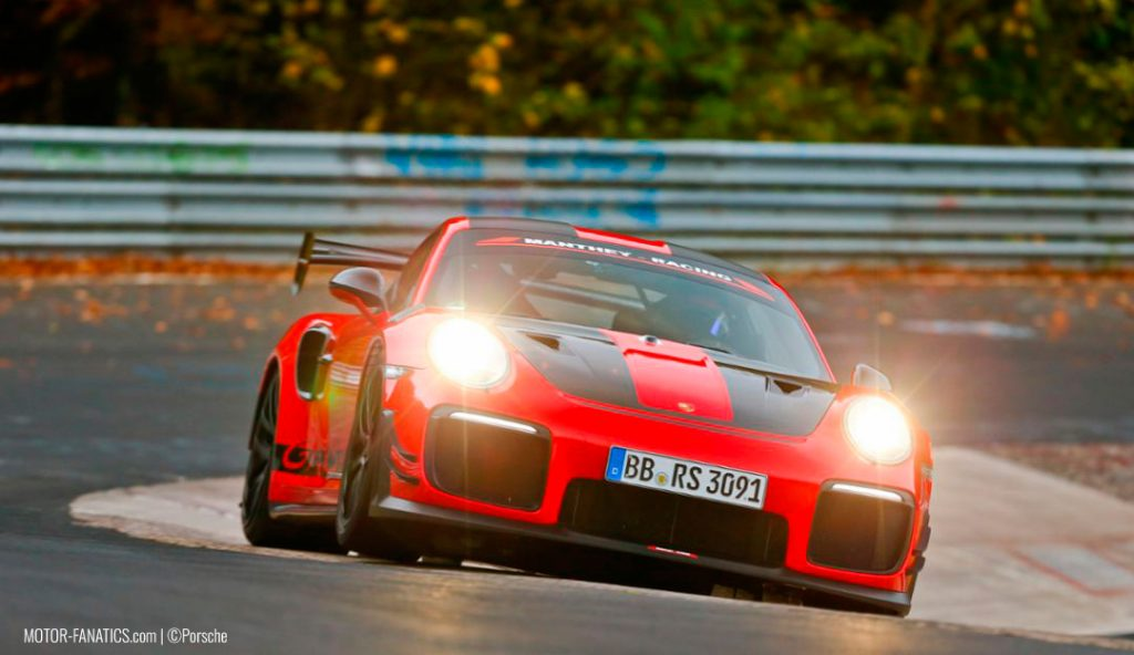 Porsche 911 GT2-RS Manthey Racing - Nurburgring Lap Records