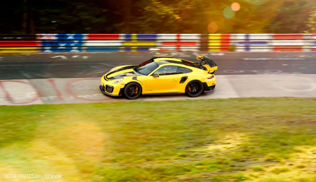 Porsche 911 GT2-RS - Nurburgring Nordschleife Lap Records