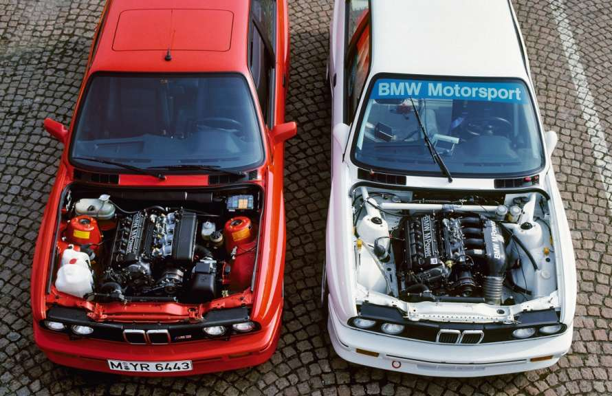 BMW E30 M3 Road and Racing versions